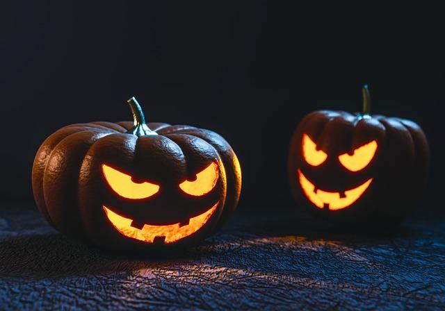 halloween-1001677_640-1