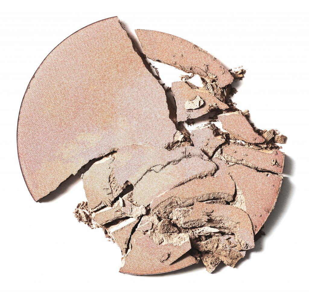 delilah-cosmetics-pure-light-compact-powder-45