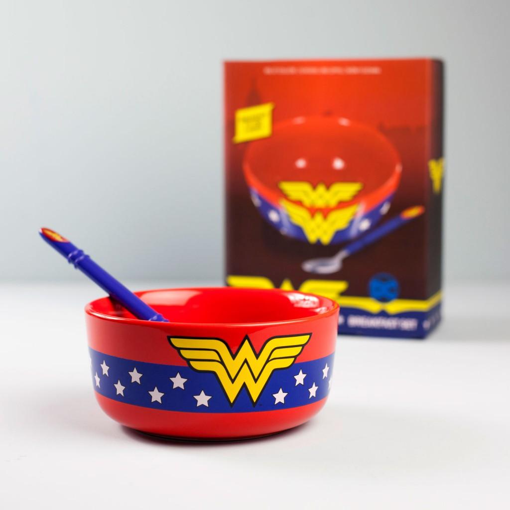 647847-Wonder-Woman-ontbijset-3